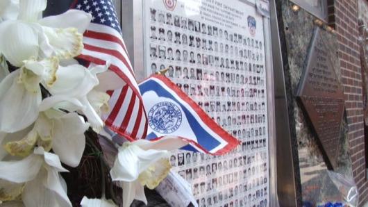 世贸逃生者:和伤痛一起生活 访911游客中心