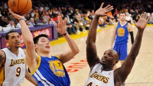NBA纽约尼克斯签约林书豪