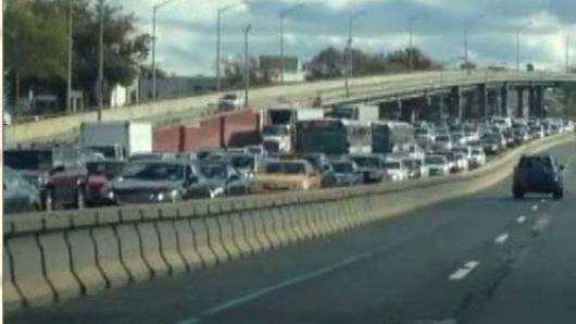 珊迪后遗症  前往曼哈顿高速全面拥堵
