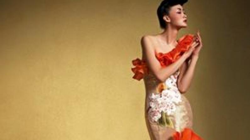 历史与时尚交汇 中国丝绸艺术品登陆华盛顿