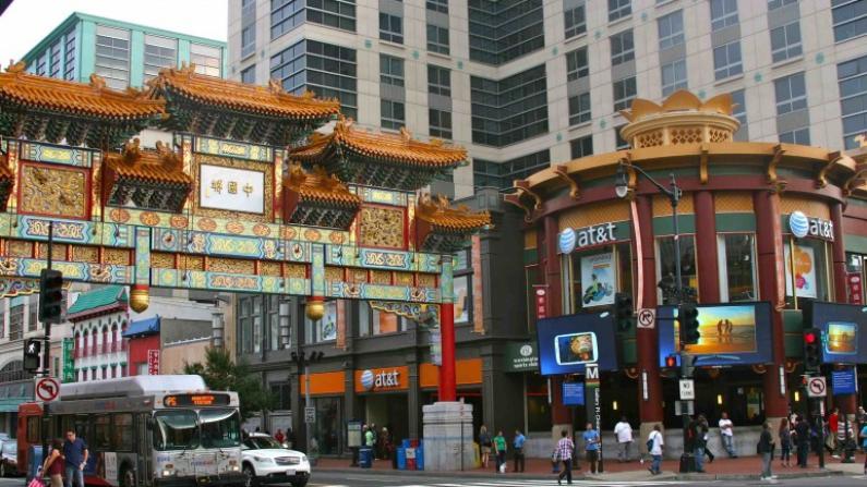 中国留学生拍纪录片 记录华盛顿华埠变迁