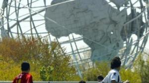 可乐娜公园建足球场社区反对声大