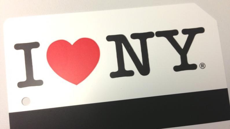 MTA发售飓风纪念地铁卡 乘地铁游灾区振经济