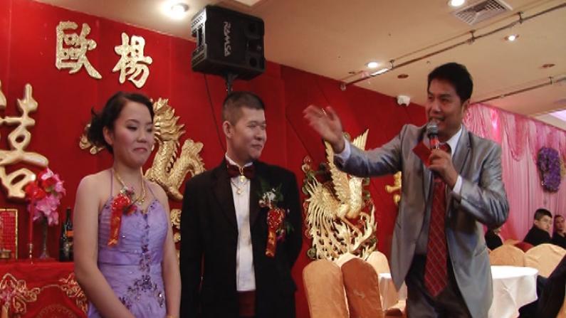 华裔新人感恩节扎堆儿结婚 餐馆婚宴爆满