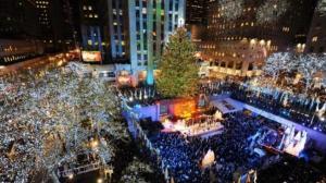 洛克菲勒圣诞树点亮 揭开纽约圣诞季序幕