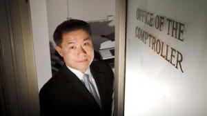 刘醇逸最后一次述职 过去四年为纽约省下50亿