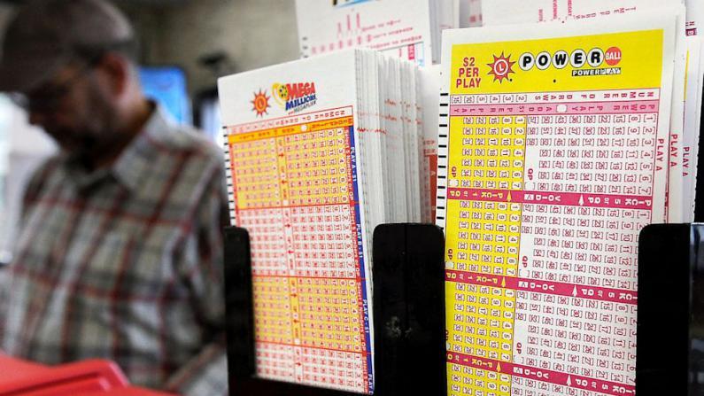 Powerball头奖4.25亿美元一人独中 彩券在加州售出