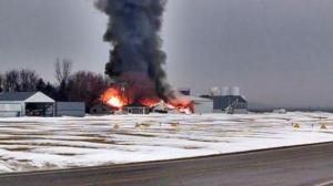 北爱荷华州化学仓库起大火 2000人紧急疏散