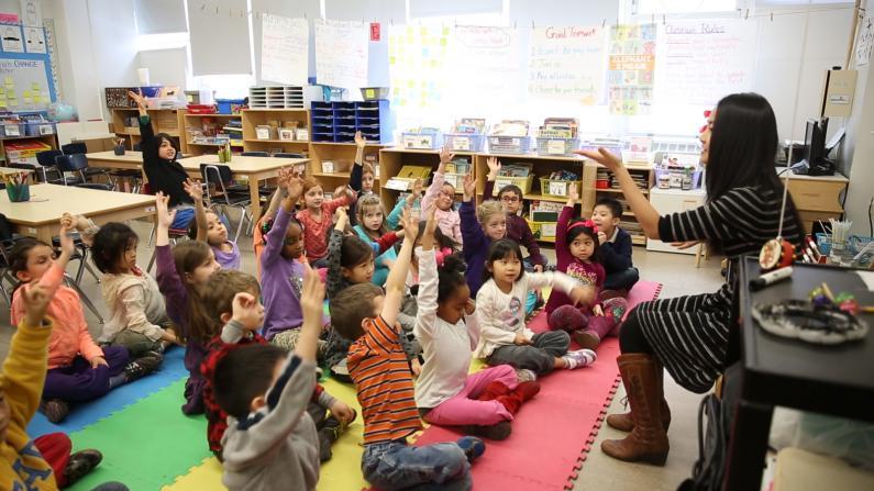 中文聚焦:纽约天才教育 值还是不值