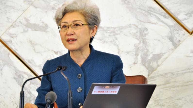 回应军费增长质疑 傅莹:和平需实力维护