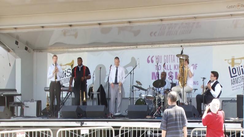 可乐娜公园夏日户外悠扬爵士音乐节