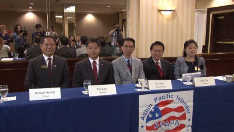 贝克尔道歉被指缺乏诚意 加州华裔民选官员敦促其立即辞职