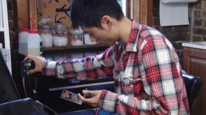 华裔纹身师威廉斯堡推广中华文化 曾遭家人极力反对