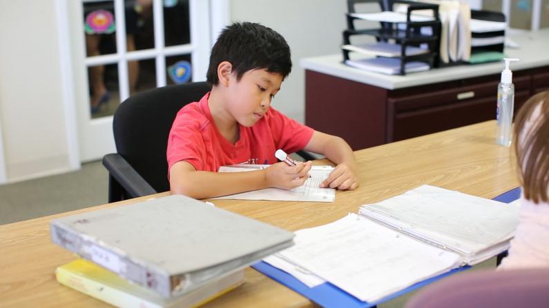 中文聚焦:美国学生暑假怎么过之三 暑期补习班