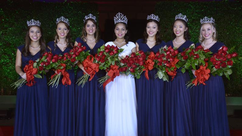 2015帕萨迪纳玫瑰皇后出炉 17岁非裔少女当选