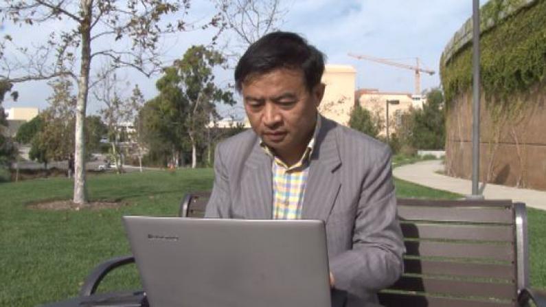 华裔教授从美食入手探寻文化归属 十年研究集结成书分析中餐在美发展