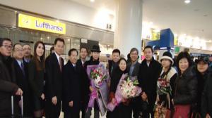 华星艺术团明晚举行首场演出 歌星李玉刚 王宏伟 李雨儿今抵纽约
