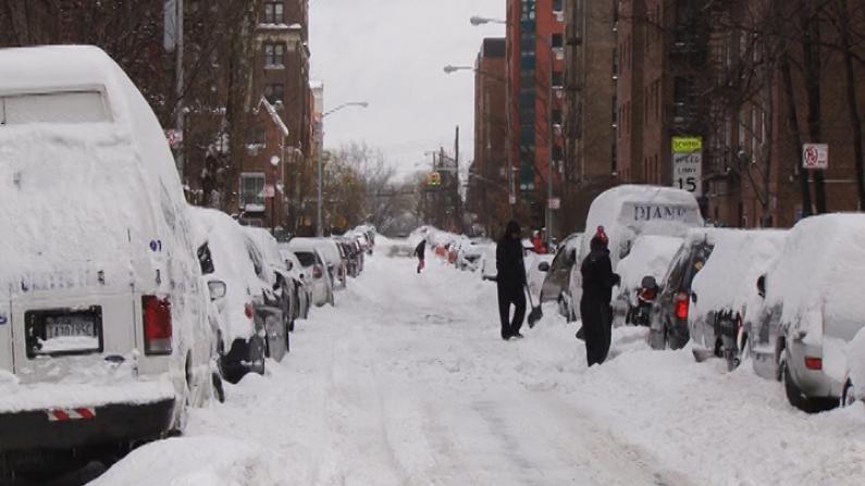暴雪过后 法拉盛商家陆续开门营业