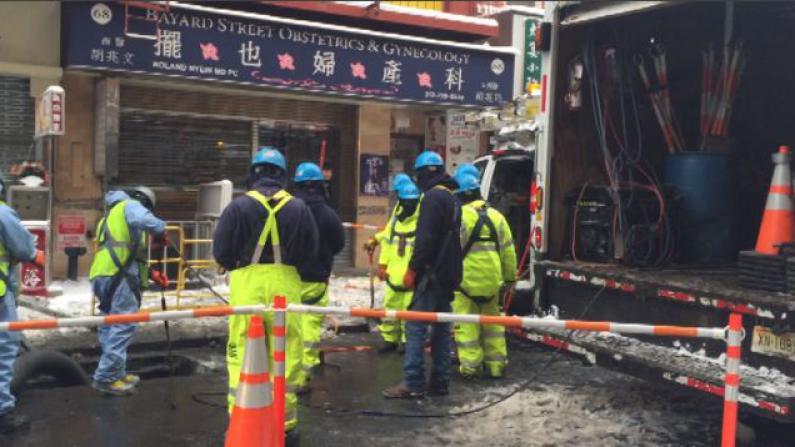 雪盐侵蚀至电线短路 华埠摆也街部分停电 商家陆续开门