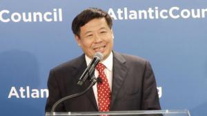 朱光耀:亚投行开放包容 与世行及亚开行互为补充而非取代