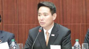 日前外务大臣:日本应谨慎解释修订指针目的