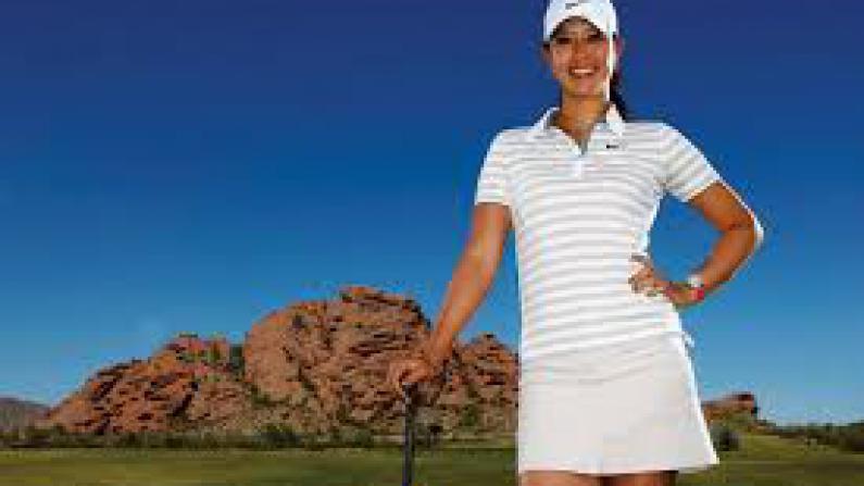 靓丽挺拔 高尔夫球选手的穿衣戴帽有讲究