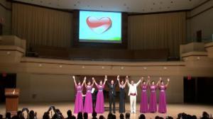 5岁中国女孩患罕见癌症 芝加哥爱心人士办音乐会筹款