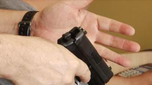 德州公开配枪法案参议院获通过 大学校园内或可随身携带枪支