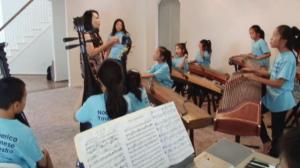 休斯敦首届音乐夏令营 华裔孩子苦练两周学中国民乐