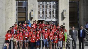 暑期游学热   200中国学生休斯敦体验美国文化