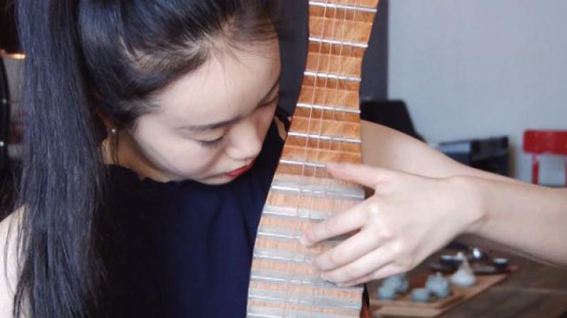 古典与流行的碰撞 电琵琶演奏会本周日威廉斯堡上演