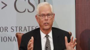 前驻华大使:美中应理性对待南海问题 避免局势失控
