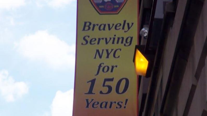 纪念纽约市消防局成立150周年 史葛静颁州议会奖状致谢