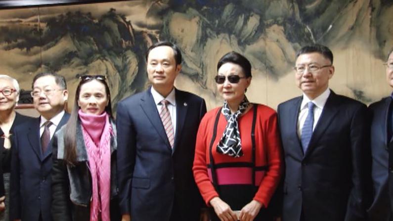 湖南省委宣传部长率团拜会方李邦琴