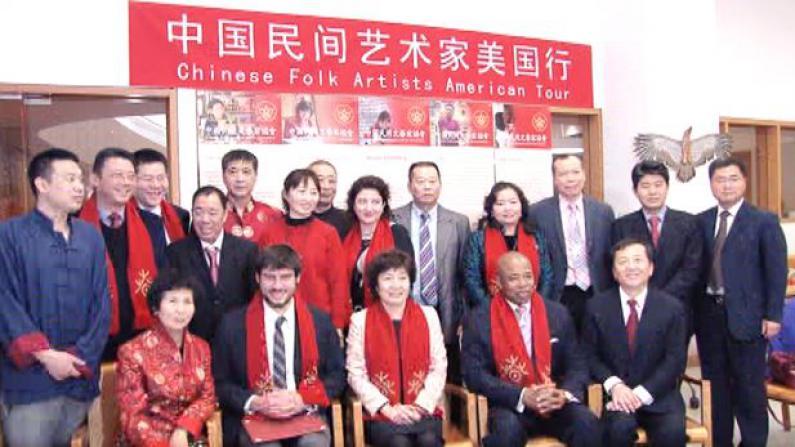 中国民间艺术进布鲁克林图书馆 精美绝伦艺术品引民众啧啧称奇