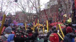 大年初一纽约华社年味儿足 上万民众齐聚同庆猴年新春