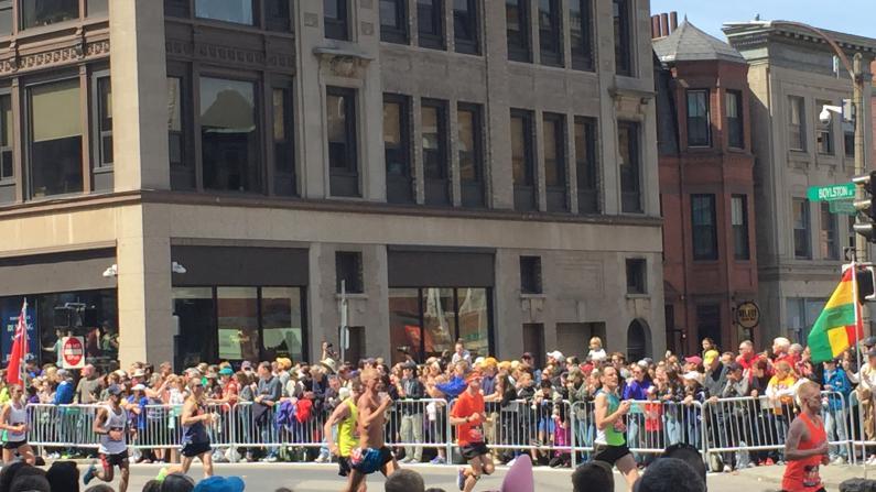 第120届波士顿马拉松落幕 埃塞选手包揽男女冠军