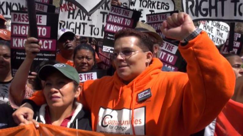 逾百民众市府外集会 抗议过度执法 要求知情权 望警方执法透明