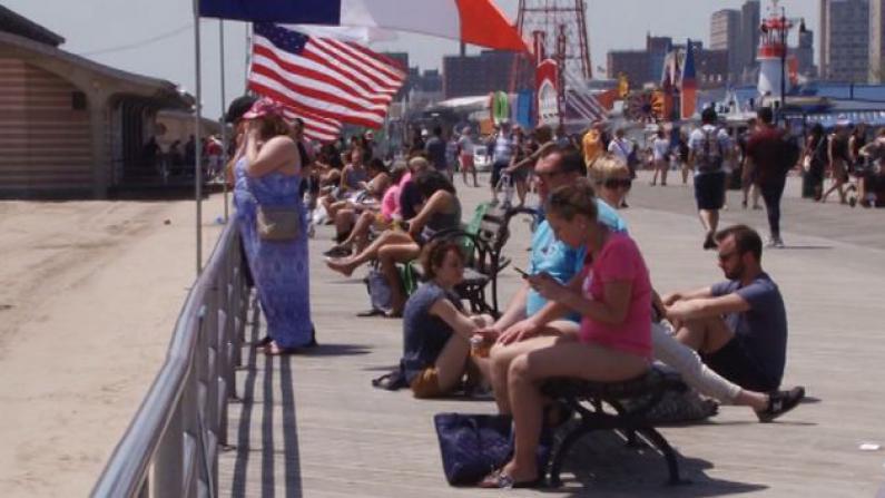 纽约市海滩长周末正式开放 公园局再次提醒水上安全