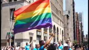 纽约同性恋游行盛大举行 参与人数创新高