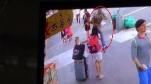 纽约市华社现连环抢案 布鲁克林8大道西裔当街抢华妇金链