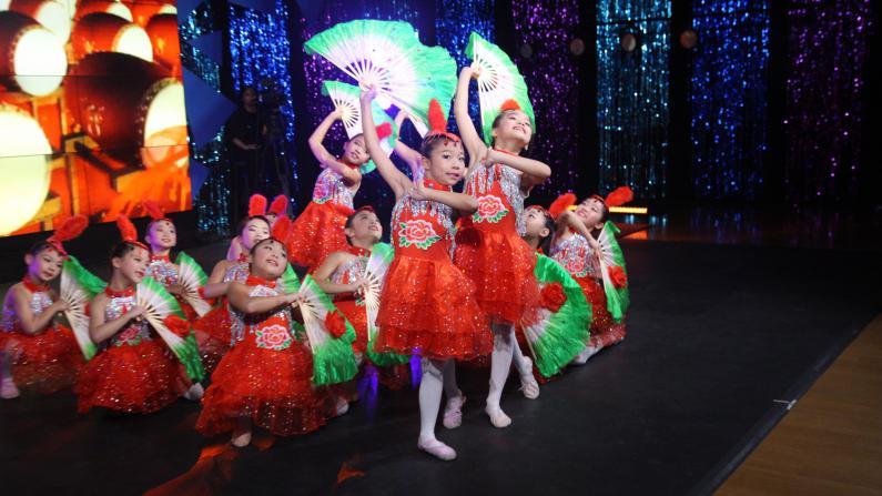 天生我才决赛第七集:民族、古典、拉丁 舞出精彩