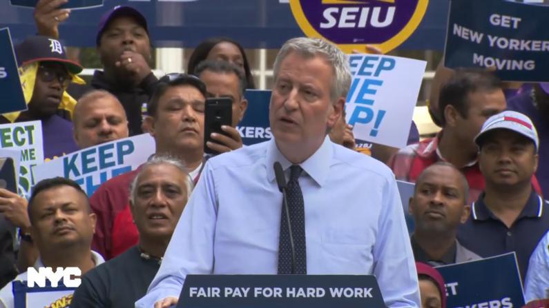 拯救出租车司机 纽约市长下了狠手