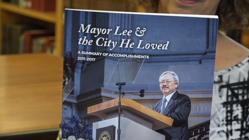 李孟贤纪念册亮相旧金山图书馆 永久载入城市记忆