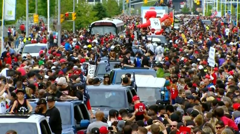 """欢迎来到NBA""""北境之王日""""大游行!"""
