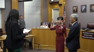德州斯坦福市成立166年 迎来首位华裔女市议员