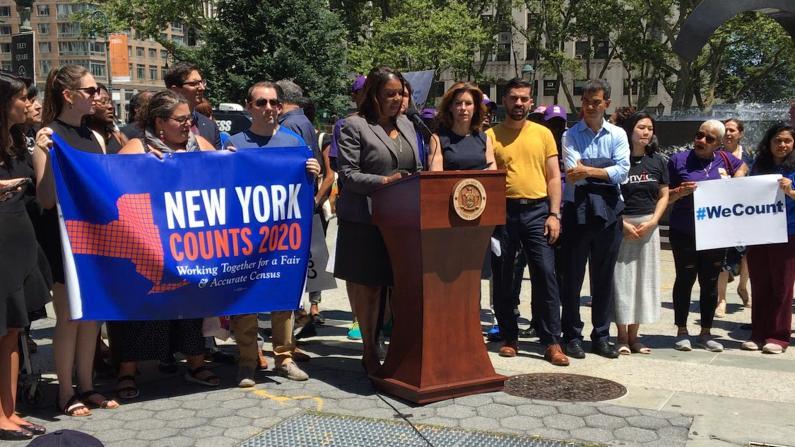 人口普查拒问身份 纽约庆祝高院判决