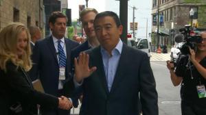 民主党初选辩论第二场 杨安泽发言受欢迎