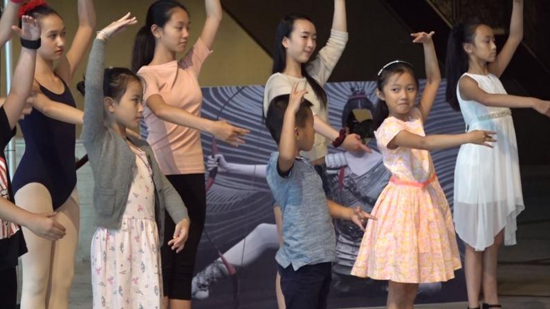 我太难了!小男孩学芭蕾全程懵懂