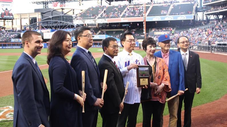 第12届中华之夜 闪耀纽约大都会职业棒球赛场